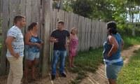 Vereador Ritsu Calacina faz visitação a moradores do barranco quebrado